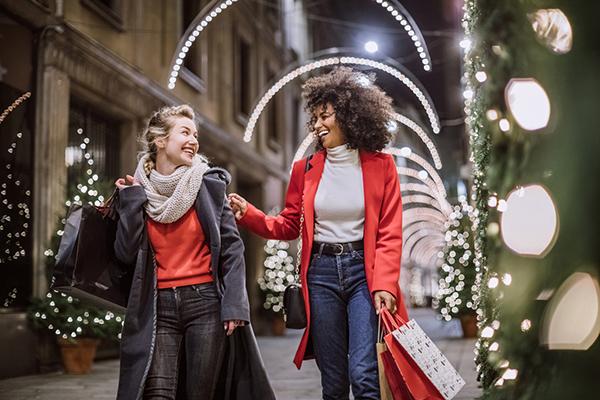 8 Tips to Save on Holiday Shopping This Year